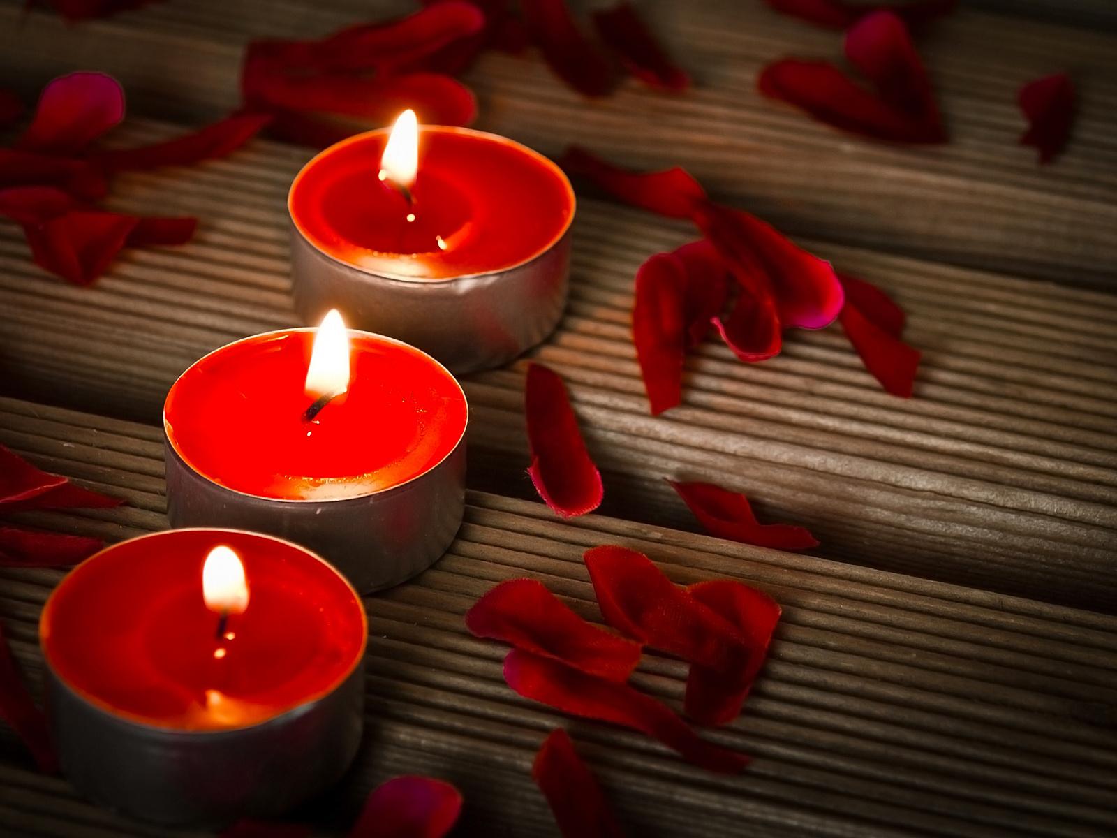 Купить свечи разных цветов